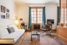 Apartment in Lyons - Honorê Suite Jacobins - 3 pers