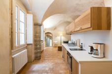 Apartment in Lyons - Honorê Suite Romain Rolland - 4 pers