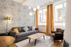 Apartment in Lyons - Honorê Suite Trois Maries - 4 pers
